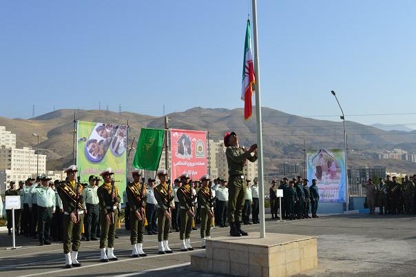 صبحگاه مشترک یگانهای نظامی و انتظامی پردیس برگزار شد + تصاویر