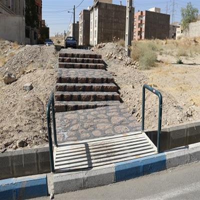 طرح پله سنگی بین مجتمعهای خیابان «نیستان» شهر پردیس