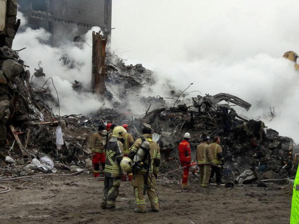 شرکت آتشنشانان شهر پردیس در عملیات ساختمان پلاسکو