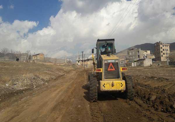 آغاز زیرسازی خیابانهای رجایی و محمدی بومهن