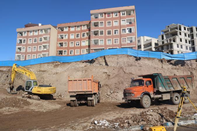 عملیات تثبیت رانش خاک در شهر پردیس