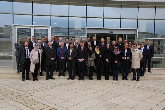 بازدید استاندار و جمعی از بازرگانان اتریش از پارک فناوری پردیس