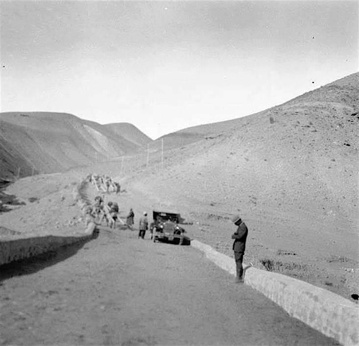عکس قدیمی/ احداث جاده تهران جاجرود سال ۱۳۰۶