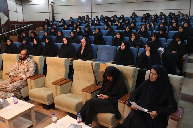 همایش عفاف و حجاب در پردیس برگزار شد