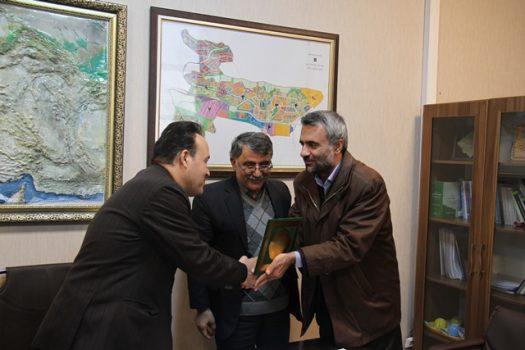 عزیز میکائیلی رئیس اداره حفاظت محیط زیست شهرستان پردیس شد