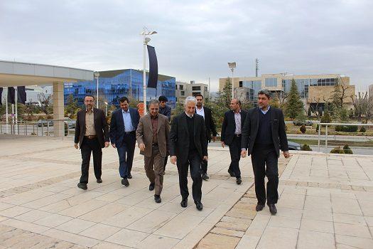 بازدید وزیر علوم، تحقیقات و فناوری از پارک فناوری پردیس