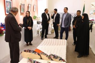 برپایی نمایشگاه صنایع دستی در پردیس+تصاویر