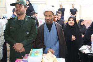 نمایشگاه پوشش و مد ایرانمایشگاه پوشش و مد ایرانی اسلامی در پردیسنی اسلامی در پردیس