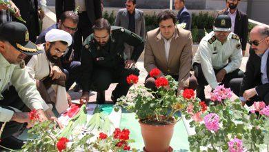 تصویر از گلباران و عطرافشانی مزار شهدای گمنام پارک فناوری پردیس به مناسبت سالروز آزادسازی خرمشهر